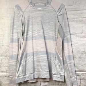 Lululemon GrayBlue Stripe Think Fast Tee Sz 10